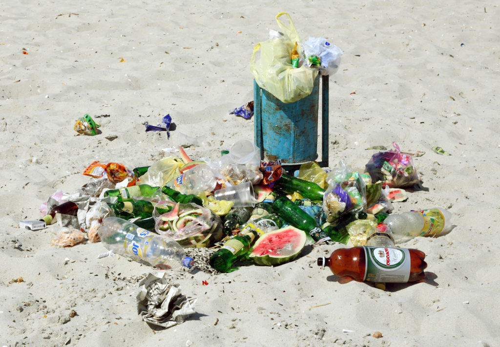 Garbage on a beach is against the 7 Principals of Leave No Trace